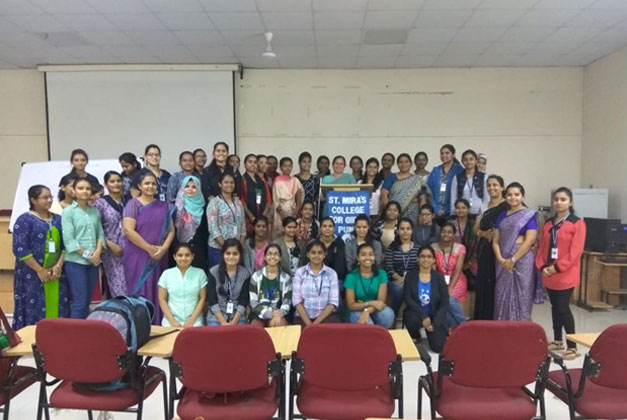 T.Y.B. Com and M.Com students with Dr. Vasudha Joshi