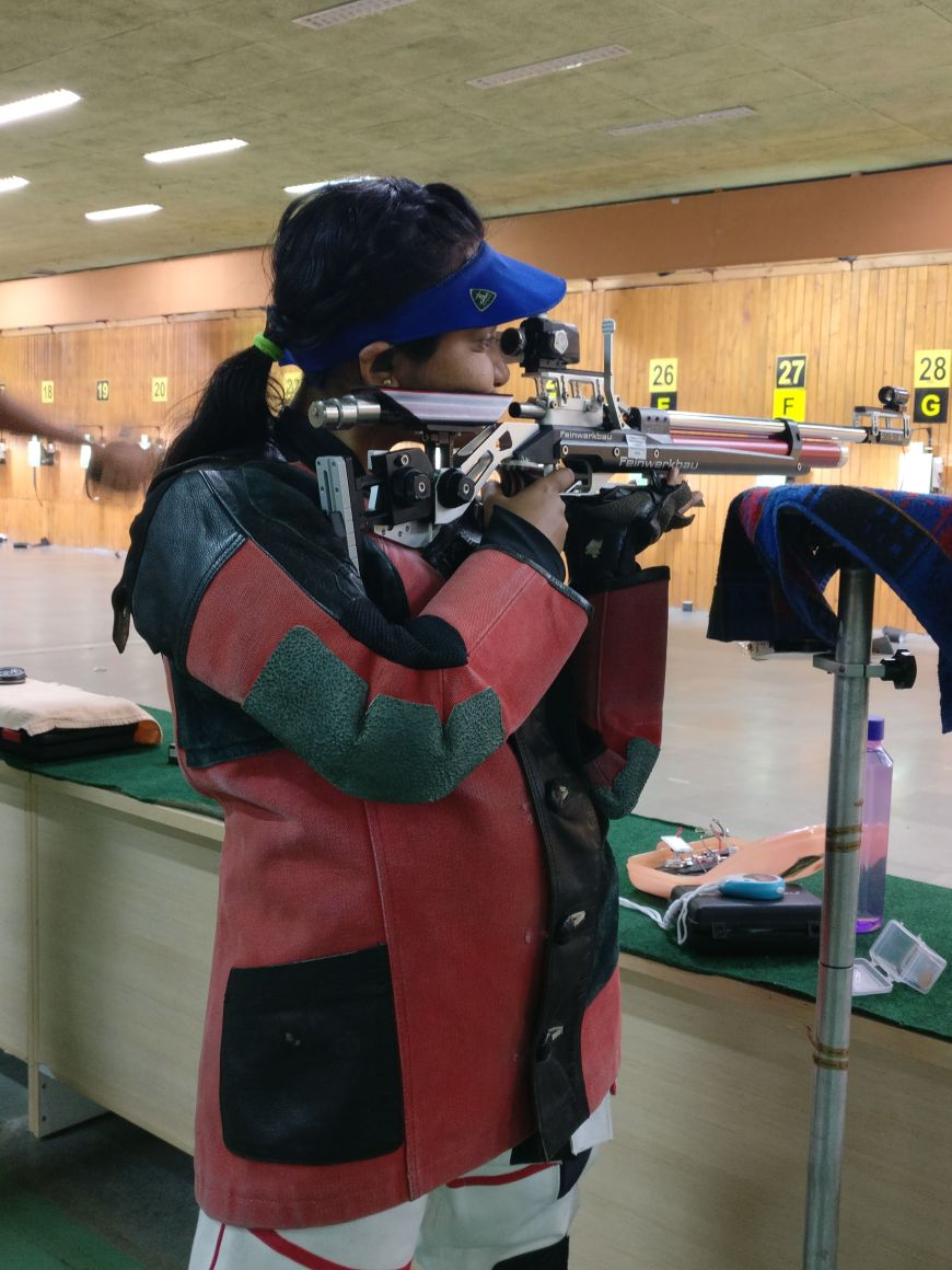 Aditi Shukla (TYBA) 2 Participated in 61st National rifle shooting competition 2017-18  held at kerala