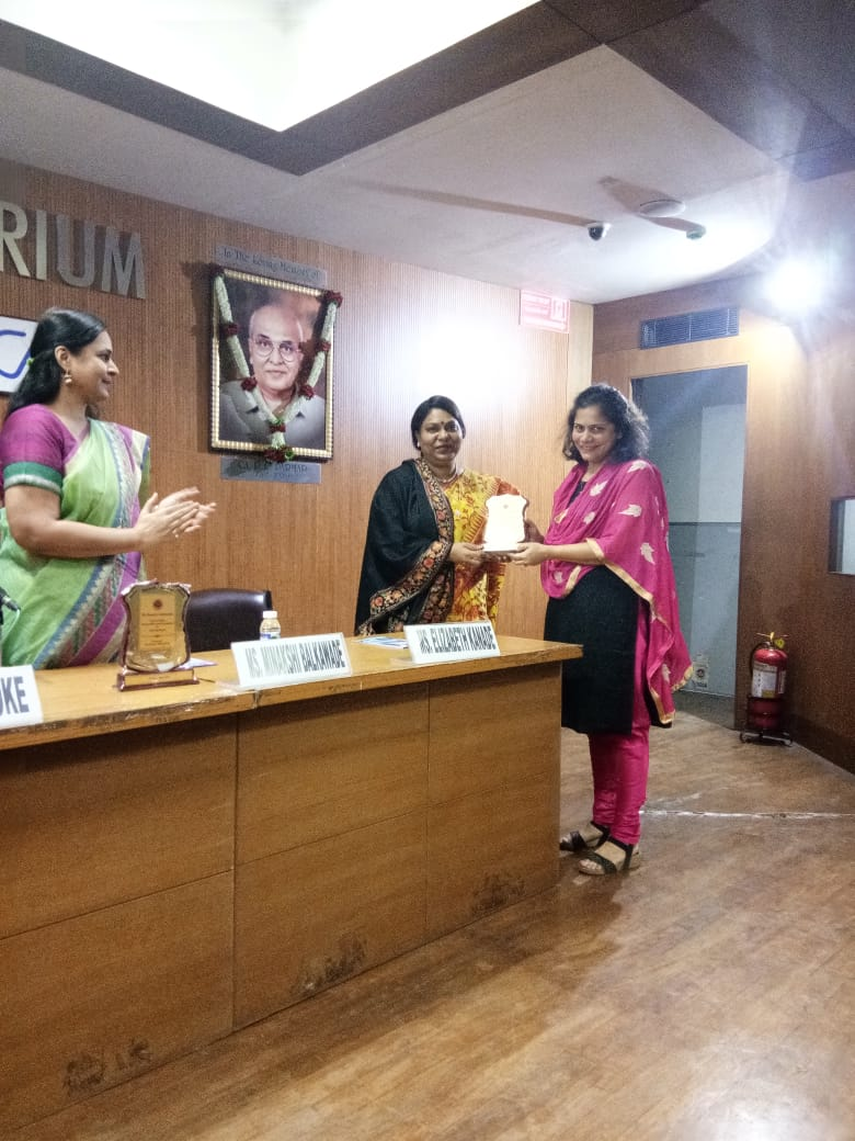 Felicitation of Ms. Elizabeth Kanade by ICAI Pune Branch