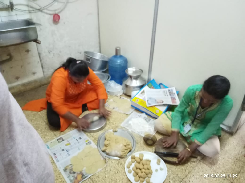 Students preparing Lunch